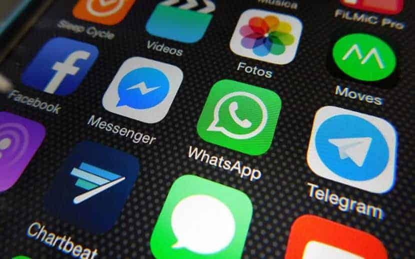 Aplicaciones de mensajería directa para atención al cliente.